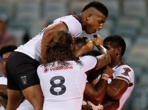 Incidentiem un asumiem bagātā spēlē Fidži aizsūta mājās Itāliju