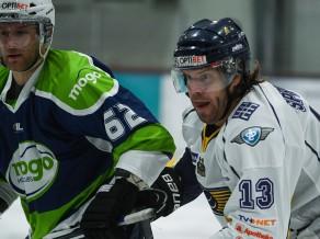 Līderu cīņas hokejā un vieglatlētu sacensības Sportacentrs.com tiešraidēs