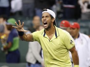 Verdasko pieveic Dimitrovu, Federera startu pārtrauc lietus