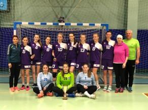Dobeles jaunās handbolistes triumfē turnīrā Lietuvā