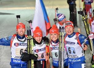 PČ startē ar aizraujošu Čehijas biatlonistu uzvaru jauktajā stafetē