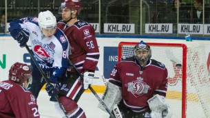 """Video: """"Dinamo"""" spiedienu uz """"Torpedo"""" vārtiem nespēj pārvērst uzvarā"""