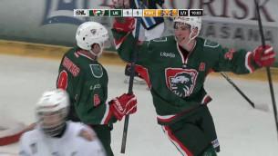 """Video: """"Nepabeigtās vakariņas"""" Liepājā: ielūzis ledus un nepabeigta OHL spēle"""