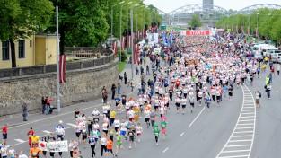 Klāt jubilejas Rīgas maratons ar dalībnieku rekordskaitu