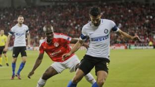 """""""Inter"""" izgāžas arī Izraēlā, Prāga pieveic """"Southampton"""" un uzvar grupā"""
