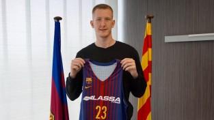 """Šmits noslēdz līgumu uz pieciem gadiem ar """"Barcelona"""""""