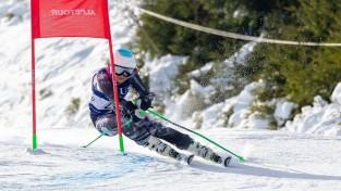 Kalnu slēpotāja Ģērmane pieaugušo konkurencē debitē ar trešo vietu slalomā