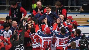 """CSKA ceturto reizi uzvar Hārtlija """"Avangard"""" un izcīna pirmo Gagarina kausu"""