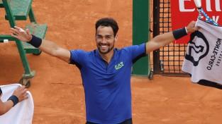 Foņīni kļūst par tikai ceturto tenisistu ar trim māla uzvarām pret Nadalu