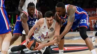 CSKA fantastiski met no distances un astoto reizi uzvar Eirolīgā