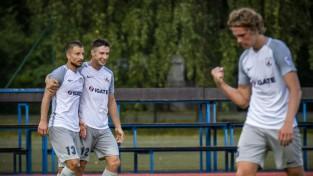 """Latvijas kausa pusfināls: """"Jelgava"""" pret otrās līgas komandu """"Karosta"""""""