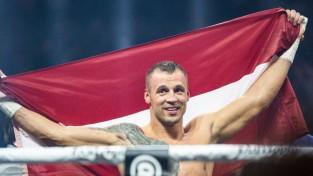Briedis no čempiona jostas neatsakās un aicina WBO revanšu ar Glovacki sarīkot vēlāk