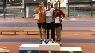 Jocim jauns Latvijas rekords 2000 metru skrējienā telpās