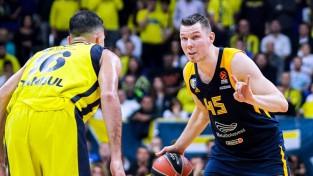"""Strēlnieks un CSKA neieņem """"Maccabi"""" cietoksni, Himki pārtrauc 0-4 sēriju"""
