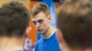"""Studenti Rīgā uzņems šosezon neapturamo """"Ogri"""""""