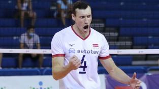 Latvijas volejbolisti izmanto favorītu klupienu un pārņem vadību grupā