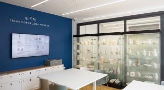 Rīgas Porcelāna muzejs aicina uz flīžu apgleznošanas darbnīcām