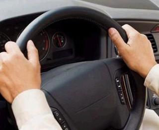 """""""Lēna braukšana ir droša braukšana"""" un citi aplamie šoferu pieņēmumi par drošību uz ceļiem"""