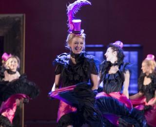 <i>Latvijas Operetes fonds</i> sezonu sāk ar izrādi <i>Jautrā atraitne</i>