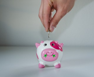 Vienkārši ieteikumi, kas palīdzēs sakrāt naudu