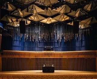 """Pirmo jubileju koncertzāle """"Latvija"""" atzīmēs ar īpašiem koncertiem-performancēm"""