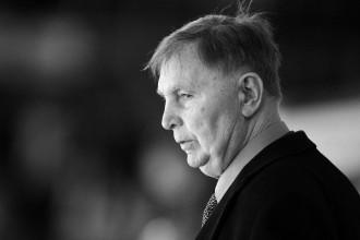 Mūžībā aizgājis pazīstamais hokeja treneris Viktors Tihonovs