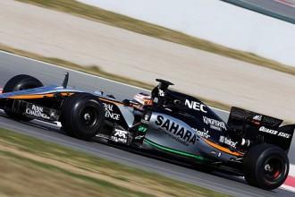 """Jaunā """"Force India"""" formula pirmo reizi trasē, ātrāko laiku sasniedz Rosbergs"""