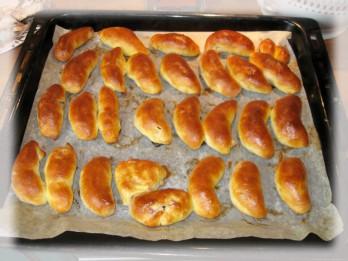 Jāņu pīrādziņi ar žāvētu gaļu