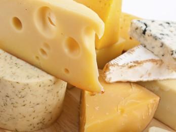 Tiks uzstādīts jauns Latvijas rekords – izveidota augstākā siera piramīda