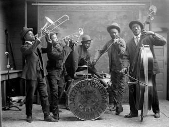 Jaunā populārā mūzika ASV un Eiropā 20. gadsimta 20. gados