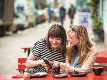 Bezkontakta karte ceļojumā: 5 padomi drošiem maksājumiem