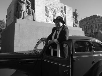 """Pabeigta Latvijas simtgades filma par Brīvības pieminekļa autoru Kārli Zāli – """"Ievainotais jātnieks"""""""