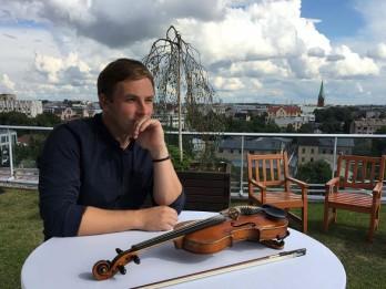Video: Kaspars Pudniks publicē jaunu dziesmu