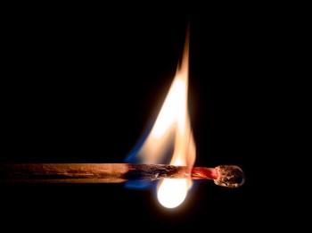 Speciālisti: modernie būvniecības materiāli ugunsgrēka gadījumā rada toksikoloģiskus draudus