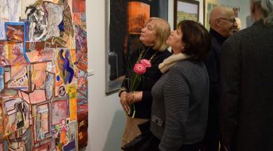 Liepājas vizuālās mākslas izstādē aicinām māksliniekus runāt par Latviju