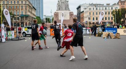 """""""Rīgas Sporta naktī"""" pirmo reizi notiks sportistu gājiens"""