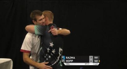 Razma uzvar pasaules ranga līderi un pirmoreiz sasniedz finālu PDC turnīrā