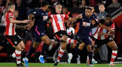 """""""Bournemouth"""" iztur """"Southampton"""" spiedienu un pakāpjas uz trešo vietu"""
