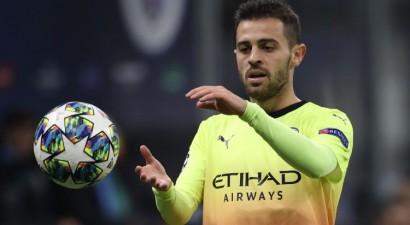 """""""City"""" pussargs Silva diskvalificēts uz vienu spēli par septembrī veiktu """"Twitter"""" ierakstu"""