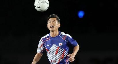 52 gadus vecā Japānas futbola leģenda Mjura tiek pie jauna līguma augstākajā līgā