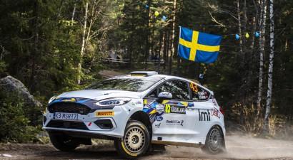 Sesks Zviedrijas WRC rallija junioru ieskaitē pēc pirmās dienas otrais