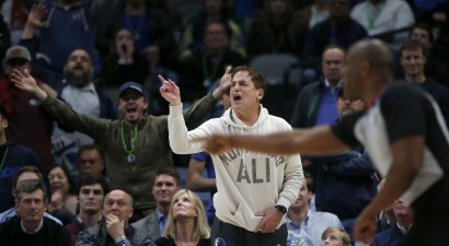 Dalasa bez Porziņģa un Dončiča izlaiž pārsvaru, Kjūbans asi kritizē NBA tiesāšanu