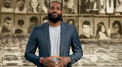 """Džeimss: """"Manu viedokli nejautāja, Orlando nenēsāšu NBA ieteiktos vēstījumus"""""""
