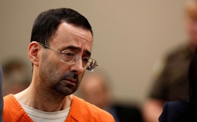 Bijušajam ASV vingrošanas izlases ārstam piespriests 60 gadu cietumsods
