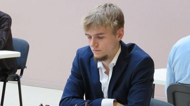 Šahists Kantāns spēlē neizšķirti EČ trešajā kārtā, tomēr kāpj kopvērtējumā