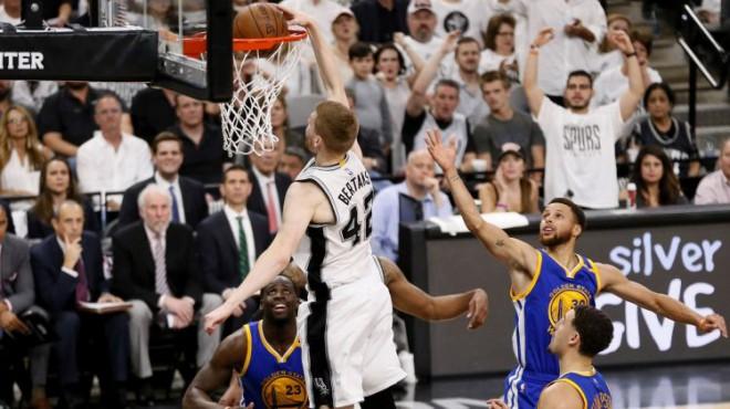 """Bertānam otrās NBA izslēgšanas spēles sāksies šovakar pret čempioni """"Warriors"""""""