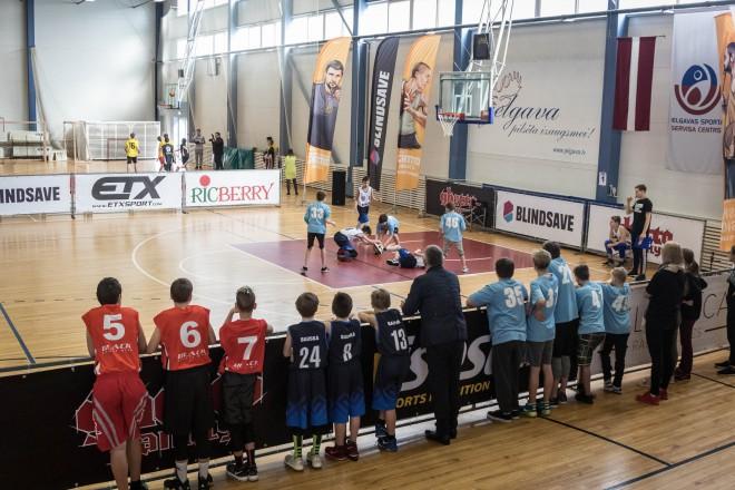 """""""Ghetto Basket"""" 3x3 skolu čempionāts finišēs ar turnīriem 17. un 31. maijā Rīgā, Grīziņkalnā"""