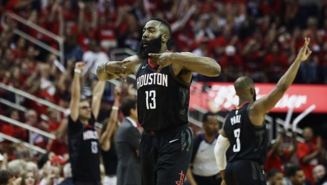''Rockets'' otro kārtu sāk ar pārliecinošu uzvaru pār ''Jazz'', Hārdens iespaidīgs