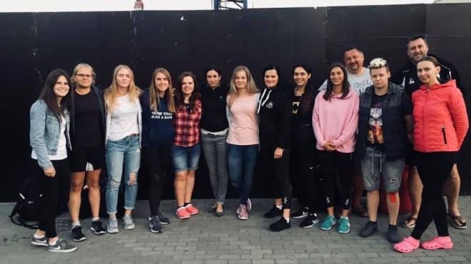 Latvijas sieviešu regbija-7 izlase nesasniedz 1/4 finālu EČ pirmajā sabraukumā
