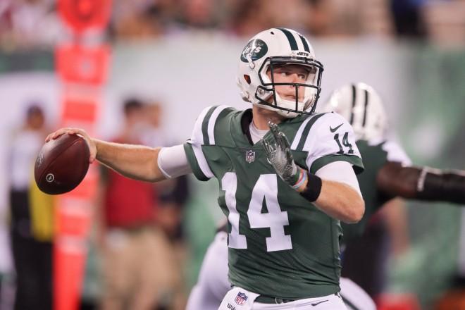 """Dārnolds, """"Jets"""" atstāj tukšā """"Falcons"""""""